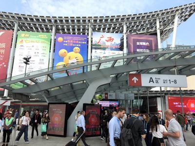 中国・広州で開催されている「広州交易会(中国輸出入交易会)」を商品や取引先の情報収集の為、視察